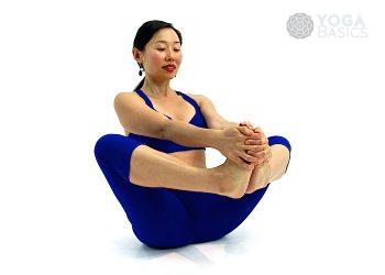 Balancing Bound Angle Pose • dandayamna baddha konasana