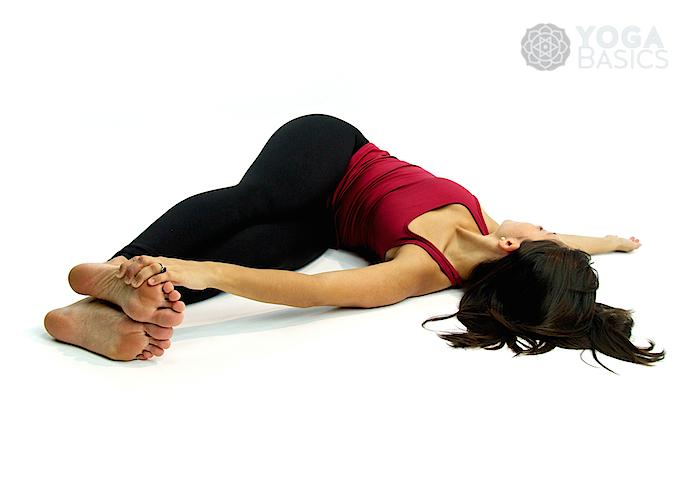Belly Twist (Version B) • Jathara Parivartanasana B